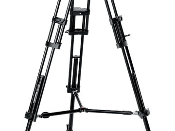 Rent: Manfrotto Video Tripod - 501 Fluid-head and 546B Legs