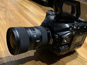 Blackmagic URSA Mini Pro W/Sigma Lens 18-35mm & 128gb Card