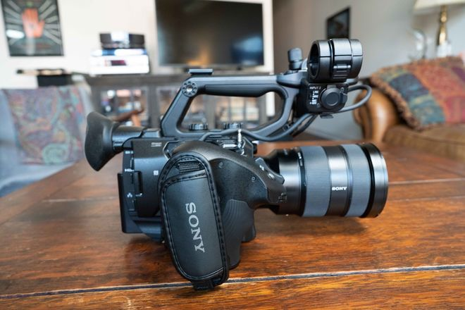 Sony FS5 II with 24-70 2.8 GM Lens & Tripod