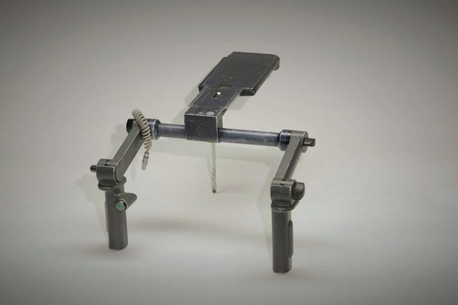 Arri S-3 Shoulder Rig, integrated Dovetail, R/S Trigger