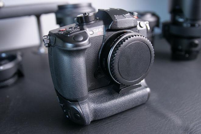 **WEEKDAYS** GH5s Digital Camera