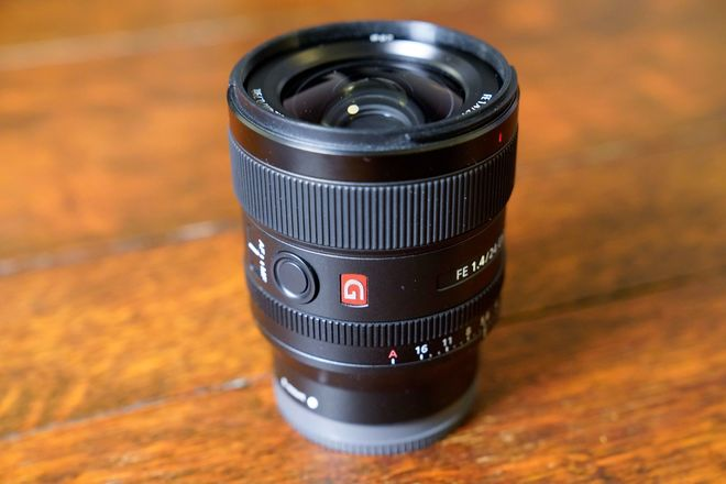 Sony FE 24mm F/1.4 GM Full Frame