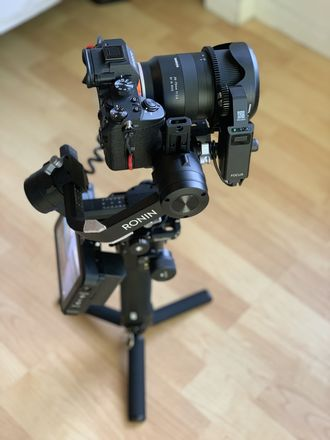 DJI Ronin-S (With Small Rig plates & Mounts)