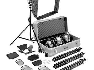 Rent: ARRI Tungsten kit 4x 650 watt, 1k, 6 stands, 6 bags