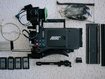 Arri Alexa Plus - Complete Handheld Package