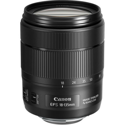 Canon EF-S 18-135mm f/3.5-5.6 IS USM & Lens Hood