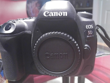 Rent:  NEW EOS 5D Mark IV | Canon DSLR |