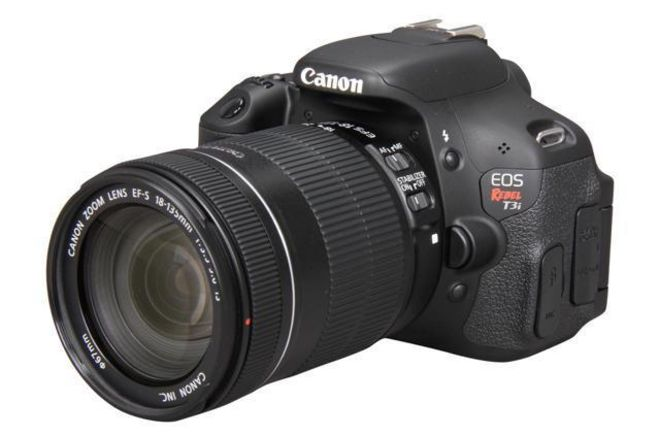 Canon EOS Rebel T3i (with lens)
