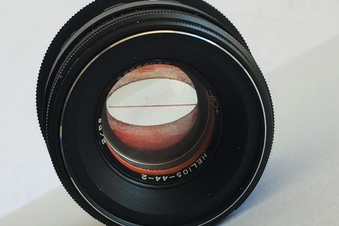 Helios 44-2 T2.0 (58mm) w/ EF Adaptor (Anamorphic Flare)