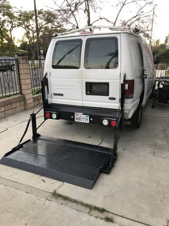 1.5 Ton Grip Truck w/ Lights (2 Day Week) + Cargo Lift