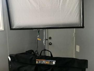 LiteGear S2 LiteMat 4 + battery + Cstand