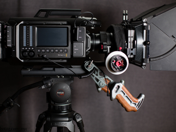 Rent: Blackmagic URSA 4K v1 + Xeen lenses + tripod + accessories