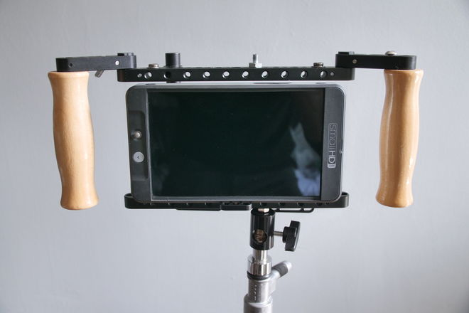"SmallHD 702 Bright 7"" Monitor w Wooden Camera Directors Cage"