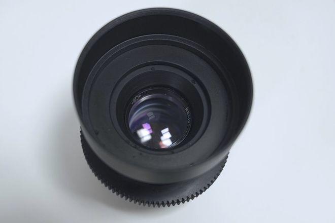 """Anamorphic Mimic 58mm f/2 in EF - Close Focus - 1'8""""/0.5m"""