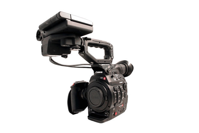 Canon C300 MK II + 4 Batts + 4 CFast Cards