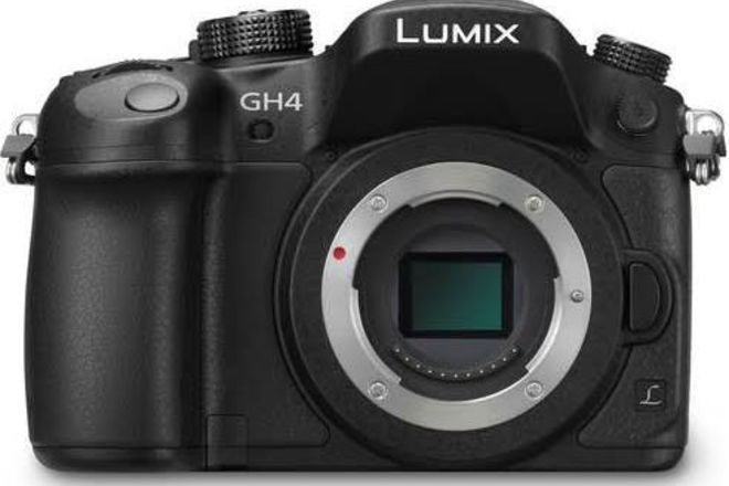 Panasonic Lumix DMC-GH4 Digital Camera