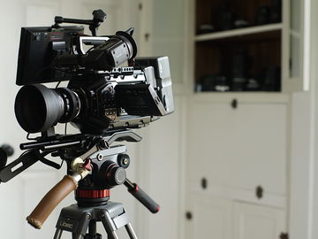 Blackmagic URSA Mini Pro 4.6K – Cinema Package NIKON VNTG