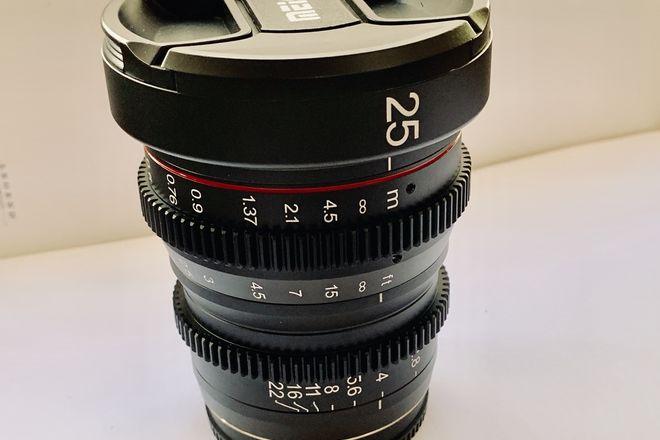 Meike MFT 25mm T/2.2 Cine Prime
