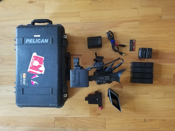 Rent: C300 EF w/ 2 Cards + 10 Batteries