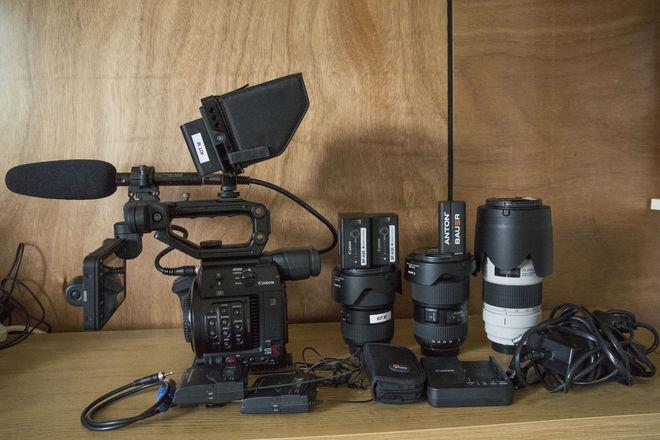 Canon EOS C200 Full Production Kit