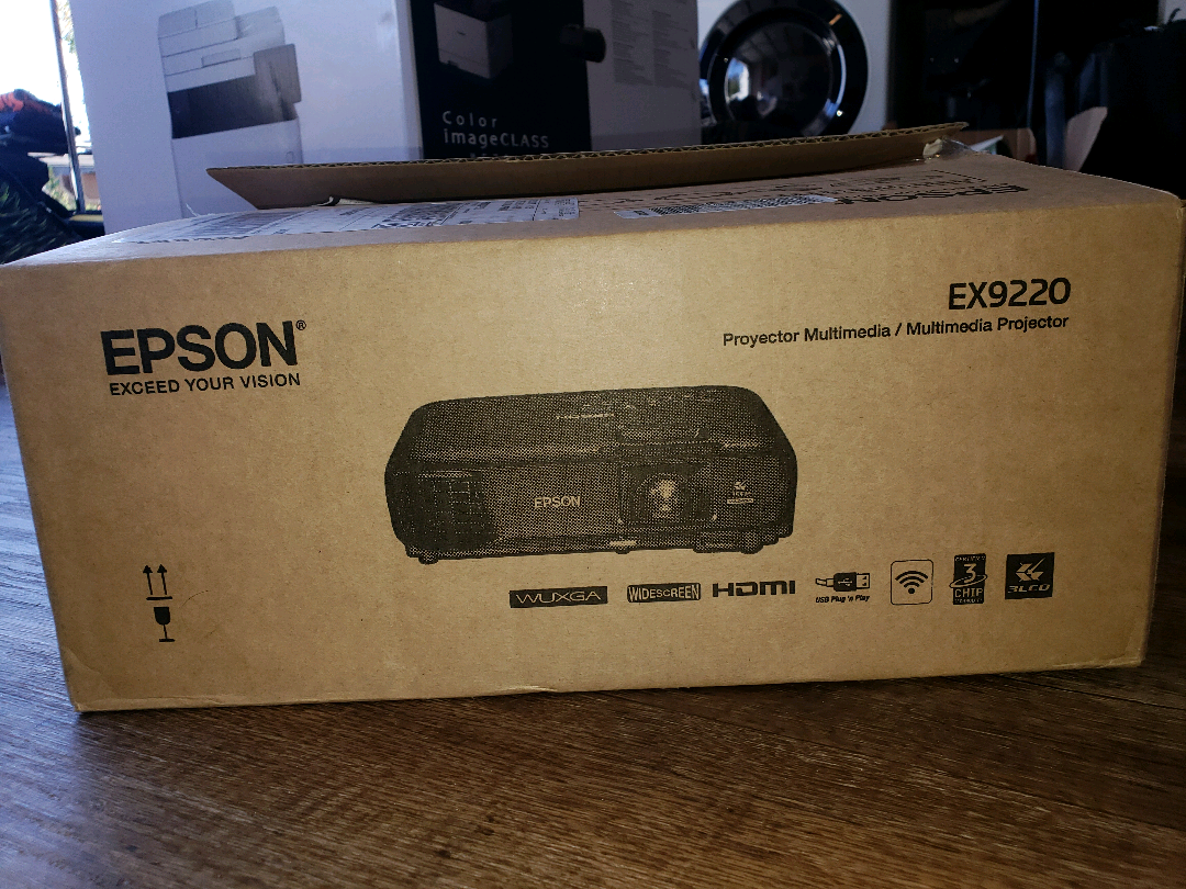 Rent a Epson EX9220 Multimedia Projector, Best Prices