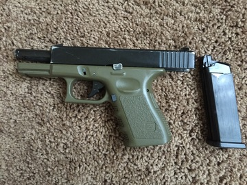 Rent: REALISTIC AIRSOFT PISTOL