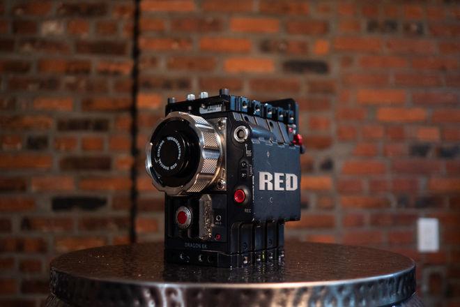 RED Epic Dragon 6K Carbon Fiber Edition (EF or PL Mount)