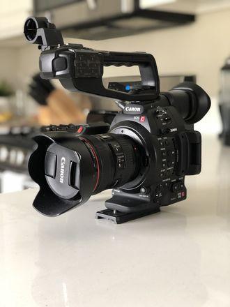Canon EOS C100 Mark II + 24-70 f2.8