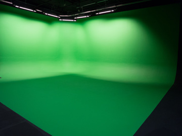 Rent: Studio with Greenscreen Cyc Wall