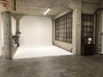 Photo / Video Studio -  1500 sq ft -- DTLA