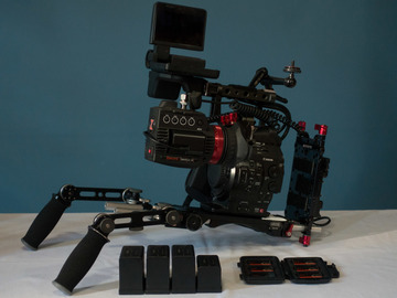 Rent: Canon C300 Kit