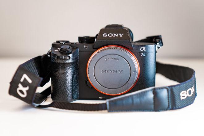 Sony Alpha a7S II Mirrorless Digital Camera (1 of 2)