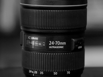 Rent: Canon 24-70 2.8L II Zoom Lens