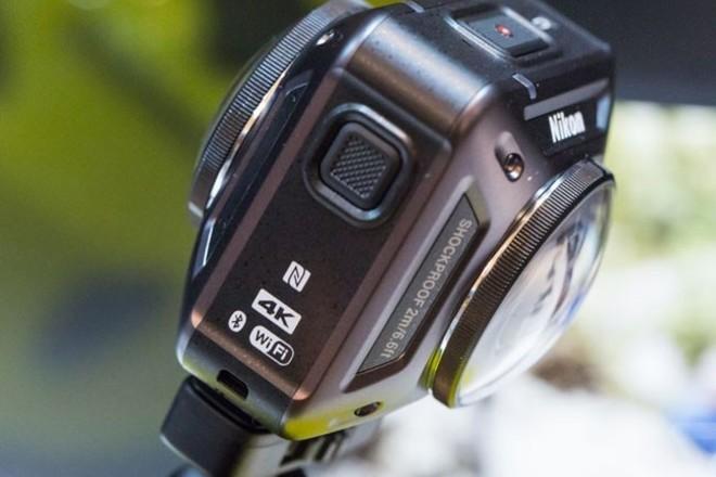 Nikon KeyMission 360 - Camera and Mounts