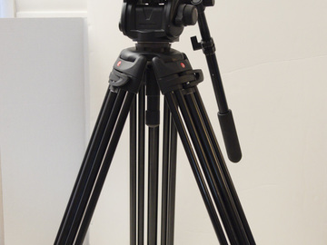 Rent: Manfrotto  503 HDV