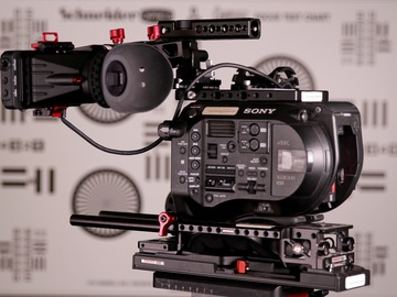 Rent: Sony FS7 Kit w/ Extension Back and Sony 18-110mm