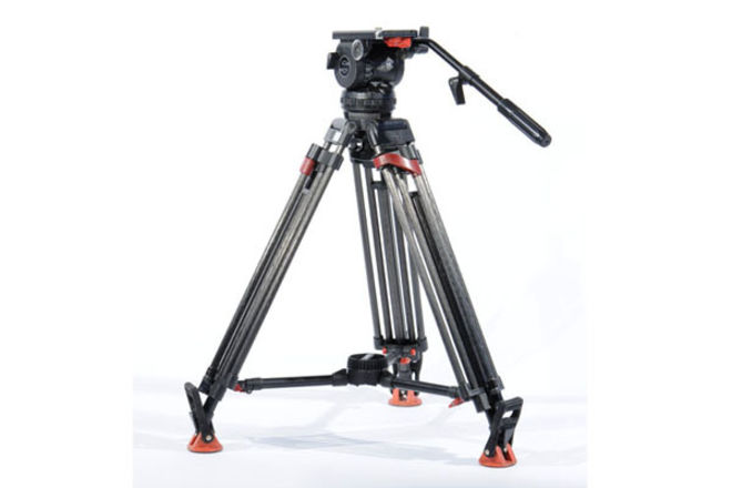 Sachtler Video 18 W/ Carbon Fiber 2 Stage Tripod w/Spreader