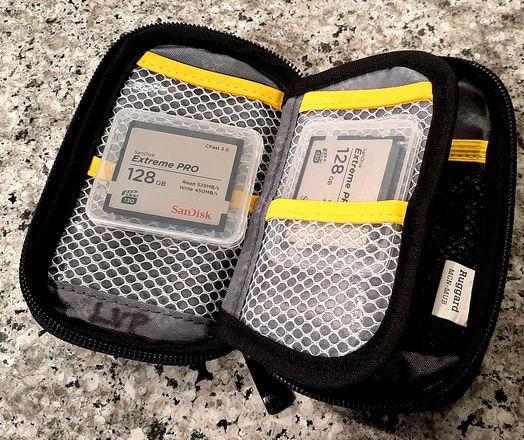 CFast 128 GB (1 of 2)