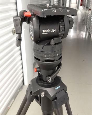 Sachtler DV12 Fluid Head-HotPod Tripod System