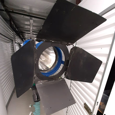 575w Cinemills Silver Bullet HMI PAR