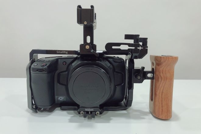 Blackmagic Design Pocket Cinema Camera 4K with EF Adapter