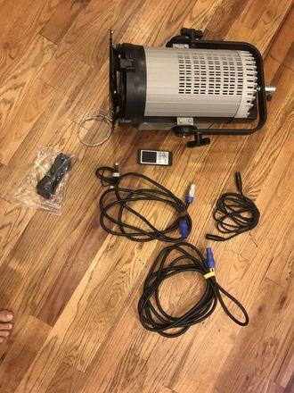 Intellytech Light Cannon Pro Daylight Fresnel