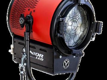 Rent: MOLE RICHARDSON 5K daylight LED Senior, 900W w/ Stand