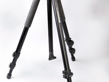 Rent: Lightweight Manfrotto Tripod w Fluid Head