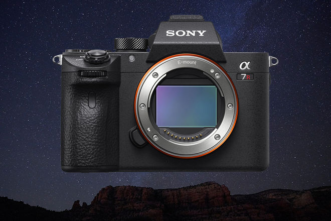 Sony Alpha a7R III Mirrorless Digital Camera + 2 Batteries