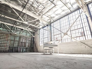 Rent: Studios 60 H20 Stage