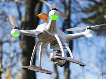 Rent: Blade Chroma with 4k Camera