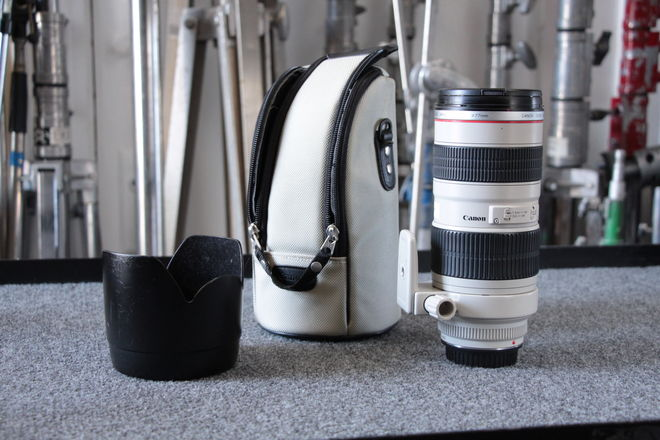 Canon EF Telephoto Zoom 70-200mm f/2.8L USM Mark i Lens
