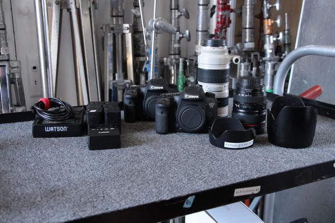 (2) Canon EOS 7D Mark ii w/ (1) Grip (10) Batteries