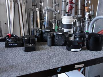 Rent: (2) Canon EOS 7D Mark ii w/ (1) Grip (10) Batteries